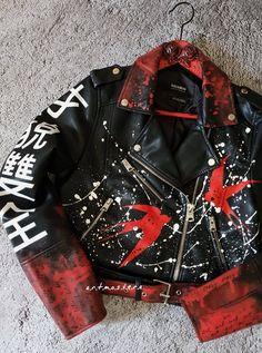 Punk Outfits, Fashion Outfits, Ropa Upcycling, Customised Denim Jacket, Custom Leather Jackets, Custom Jackets, Painted Leather Jacket, Punk Jackets, Cool Jackets