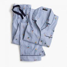 A vintage-inspired cotton pajama set with skiers and stripes makes the perfect gift. <ul><li>Sits at hip.</li><li>Hits at inseam. Pajamas All Day, Cute Pajamas, Pajamas Women, J Crew Men, Cotton Pyjamas, Winter Collection, Winter Outfits, Winter Clothes, Pajama Set