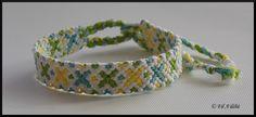 Bracelet brésilien motif croix vertes, bleues et jaunes : http://filadelie.alittlemarket.com