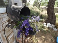 flowers in my old mail box Mailbox, Garden Art, Outdoor Decor, Flowers, Life, Vintage, Home Decor, Mail Drop Box, Decoration Home