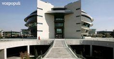 Lo más leído ayer: Banco Santander dejará sin despachos a buena parte de sus dir... - http://www.vistoenlosperiodicos.com/lo-mas-leido-ayer-banco-santander-dejara-sin-despachos-a-buena-parte-de-sus-dir/