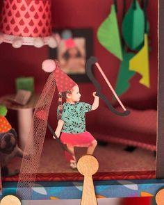 Quando criamos um mundo  de faz de conta incrível... e lá está a guerreira Clara! A gente ama imaginem eles?     Helo Priedols @helopriedols   #NaFestejoCadaFestaÉÚnica!  Saiba mais em nosso site! . . #Diorama #DioramaByFestejo #EraUmaVezDaClara #FestejoInBox #ComemoreComAFestejo #FestejeComAFestejo #FestaDeCrianca #FestaDeCriança #FestaInfantil #FestaPersonalizada #FestaEmCasa #PartyDecor #KidsParty #CompreDasMães #AquiTemMãeEmpreendedora #Maternativa #DioramaFestejoInBox…