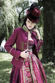 Oh wow. It's like a pink plaid steampunk dirndl, or something. Really fun look!