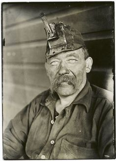 Old time coal miner in the Pittsburgh district (1900-1937). NYPL Digital Gallery.