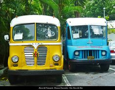 International Metro 1952. Furgoneta Ex-Intersan. Chevrolet Boyer Towm 1952. Furgoneta FMDF. Museo del Transporte (Caracas-Venezuela)
