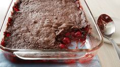 This simple dump cake results in an addictive chocolate-cherry combo that is best served warm and with a scoop of vanilla ice cream. If you weren't a chocolate-cherry fan before, you will (Chocolate Cream 3 Ingredients) 13 Desserts, Delicious Desserts, Winter Desserts, Asian Desserts, Chocolate Cherry Dump Cake, Chocolate Desserts, Rice Krispies, Cake Simple, Simple Pie