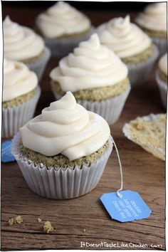 A perfect treat for Mothers Day, any special occasion,… Vegan Earl Grey Cupcakes. A perfect treat for Mothers Day, any special occasion, or just because you are in a cupcake mood (because who needs an excuse to eat a cupcake). Vegan Dessert Recipes, Cupcake Recipes, Cupcake Cakes, Food Cakes, Tea Cupcakes, Champagne Cupcakes, Mocha Cupcakes, Gourmet Cupcakes, Strawberry Cupcakes