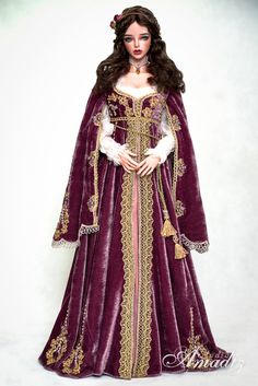 Purple Juliette - Renaissance outfit Commission. Outfit included: - undershirt of 100% snow-white silk - purple velvet dress with floral embroidery, adorned with Czech beads, Swarovski pearls and g...