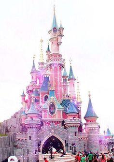 パリのディズニーランドが可愛い