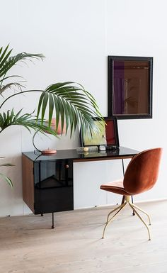 62 Series Desk by Greta Magnusson Grossman for Gubi. Discover the mid-century modern design now at SCP.