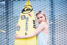 Moma, Surfboard, Youtubers, Surfing, Idol, Celebrity, Surf, Celebs, Surfs Up