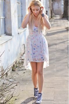 Feminine dress + Converse. Literally what I would wear everyday if I could find cute dresses to match my converse!