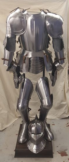 We have a full suit of armour for hire!