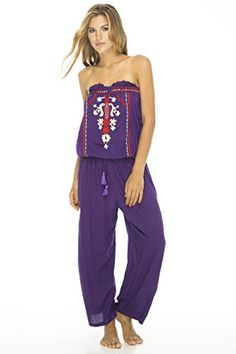 Playful strapless blouson top joins free-flowing pants with a comfy elastic waist in this sassy romper - perfect for a vacation cruise or beachside drinks.