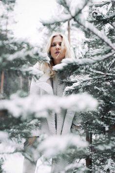 Fashion fotography photography pictures ideas for 2019 Snow Photography, Creative Photography, Portrait Photography, Levitation Photography, Exposure Photography, Abstract Photography, Shotting Photo, Winter Instagram, Photo Portrait
