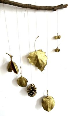 El Hada de Papel everything in gold nature mobile