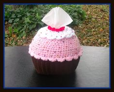 Cup Cake Tissue Holder Crochet Pattern