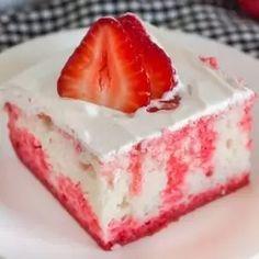 Jello Poke Cake Recipe - how to make a jello poke cake Jello Cake Recipes, Poke Cake Jello, Delicious Cake Recipes, Poke Cakes, Yummy Cakes, Dessert Recipes, Layer Cakes, Healthy Recipes, Desserts To Make