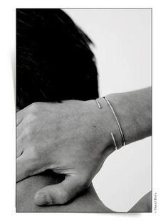 Bracelets joncs homme diamants ultra fins / YSL