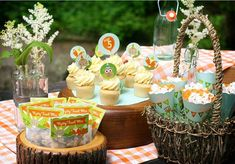 Woodland party free printables.  Includes favor bag toppers, paper cones, cupcake wrappers & toppers, stickers,  straw flags, banner & more.