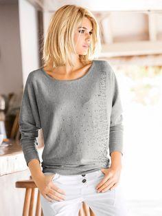 Incontournable du dressing #3 Le petit Pull-over en tricot très fin et strass