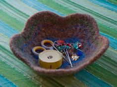 Felted Flower Bowl - Meg Myers - free pdf pattern #knit