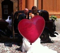 Rosso colore dell'amore....come questa nostra sposa. Alessandro Tosetti www.tosettisposa.it Www.alessandrotosetti.com #abitidasposa #wedding #weddingdress #tosetti #tosettisposa #nozze #bride #alessandrotosetti