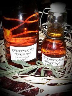 Bylinkové tinktury a jejich výroba Tinktury jsou samostatnou skupinou, jak… Korn, Candle Jars, Whiskey Bottle, Drinks, Fitness, Medicine, Syrup, Beverages, Candle Mason Jars