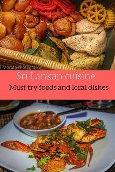 10 must try dishes and street food of Sri Lanka - there are so many wonderful, spicy and unique flavors to this island nation. Here are some of my top favorite dishes and street food of Sri Lanka travelphotodiscov. Sri Lankan Recipes, Beste Hotels, Island Food, International Recipes, Food Inspiration, Travel Inspiration, Foodie Travel, Street Food, Asian Recipes