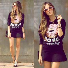 Oh Kei Jumper, Romwe Sunglasses, Annaxi Shoes - Donut! - Flávia Desgranges van der Linden