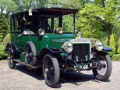 Veteran Car, Royal Green, Edwardian Era, Isle Of Man, King George, Manual Transmission, Lake District, France Travel, Green Leather