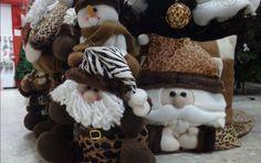 De la ropa a la decoración en Navidad, el animal print es tan versátil que ya invadió todos los hogares. Con motivos felinos y de cebras, la idea es jugársela por este estilo el cual llenará de glamour y seducción cada rincón del hogar.