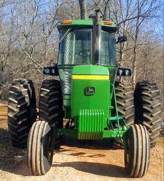 Old John Deere Tractors, Jd Tractors, Tractor Cabs, John Deere Equipment, Tractor Implements, Classic Tractor, Work Horses, New Trucks, Techno
