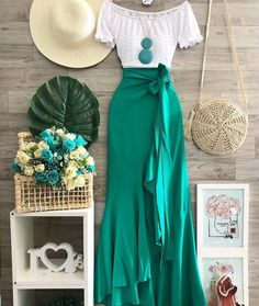Cute Casual Outfits, Modest Outfits, Skirt Outfits, Stylish Outfits, Mode Batik, Look Hippie Chic, Boho Fashion, Fashion Dresses, Modest Fashion