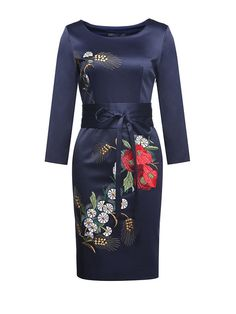 Embroidery Flower Round Collar Woman Slim Dress