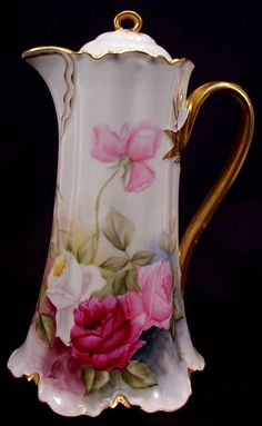 """Circa 1902 Haviland Limoges Chocolate Pot Decorated With Hand Painted Roses - Haviland & Co. Factory Mark In Green, Signed """"E. Antique Dishes, Antique China, Antique Glass, Vintage Dishes, Vintage China, Chocolate Pots, Chocolate Coffee, Painted Roses, Hand Painted"""