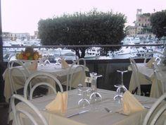 Ristorante la Cambusa: da 30 anni il ristorante, con vista unica sul porticciolo di Santa Margherita Ligure, offre una cucina casalinga, semplice e genuina. Un menù ricco di specialità liguri che vi farà trovare nell'imbarazzo della scelta. www.ristorantelacambusa.net #blogtourportofino