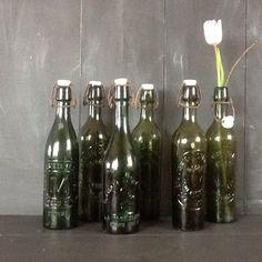 Een persoonlijke favoriet uit mijn Etsy shop https://www.etsy.com/nl/listing/266533512/6-vintage-frans-bierflesjes-met