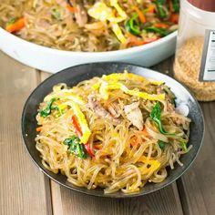 Stir Fry Noodles, Garlic Noodles, Pasta Noodles, Asian Recipes, Beef Recipes, Ethnic Recipes, Filipino Recipes, Japchae, Korean Sweet Potato Noodles