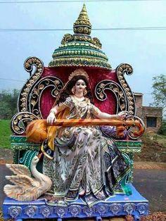 Saraswati Puja Pandal, Saraswati Murti, Saraswati Statue, Kali Puja, Durga Ji, Saraswati Goddess, Shiva Shakti, Saraswati Painting, Ganesha Painting