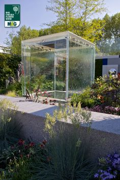 RHS Chelsea Flower Show - Fresh Garden - The Mind's Eye RNIB (Royal National Institute of Blind People) in partnership with Countryside LDC Design