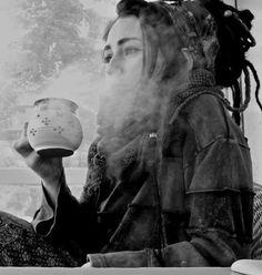 winter hippie weed smoke piercings pot bed nature tea cozy hippy dreads warmth headband bodymod teavana girlswithdreads girl with dreadlocks girlwithpiercings girlwithdreads dreadband smokedup Hippie Dreads, Dreadlocks Girl, Hippie Life, Hippie Gypsy, Hippie Style, Gypsy Style, Boho Style, Character Inspiration, Hair Inspiration