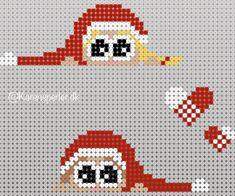 To måneder til juleaften - har I bestilt julerøde perler? Hama Beads Design, Hama Beads Patterns, Beading Patterns, Beaded Cross Stitch, Cross Stitch Patterns, Kids Crafts, Diy And Crafts, Christmas Perler Beads, Tapestry Crochet Patterns