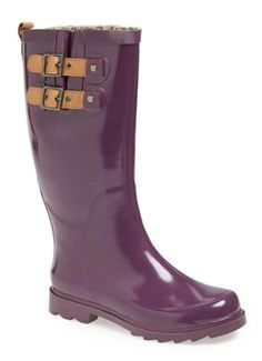 bright plum rain boots  http://rstyle.me/n/ngq76pdpe
