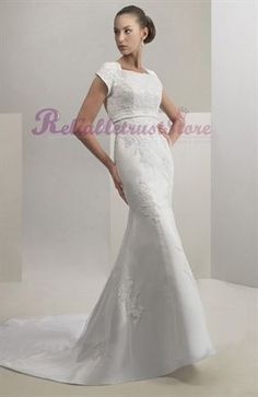 Attractive White A-line Square Short Sleeve Court Train Lace Wedding Dress-$248.98-www.reliabletruststore.com-ReliableTrustStore - Reliable Store Online,High Quality Dresses,Wedding Apparel,Cosplay And More Products With Low Prices
