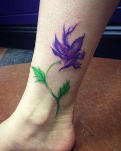 Another pretty purple flower.. . . . #tattoooftheday #instatattoo #ink #inked #purple #flower #flowers #tattoo #tattoos #ankle #ankletattoo #girlswithtattoos #tattooedgirls #inkedgirls #watercolour #watercolortattoo #green #colortattoo #fraservalley #tattooartist #femaletattooartist #saturday by mizmorelli
