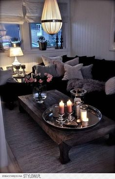 Zobacz zdjęcie świece na tacy w pełnej rozdzielczości