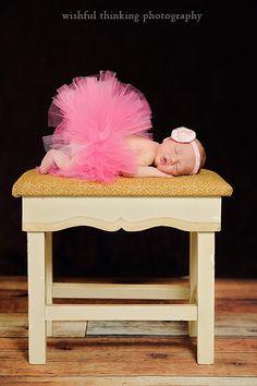 Newborn photography// I sure love tutus!!