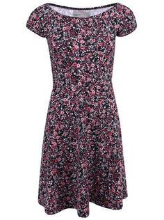 Vero Moda - Černé květované šaty s áčkovou sukní  Henrie - 1
