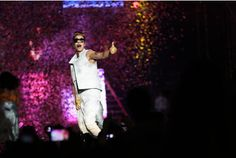 Justin Bieber performing the first of two concerts in #Dubai. #justinbieber #bieberindubai #dubai #uae #bieber #believeworldtour #justinbieberindubai #biebs